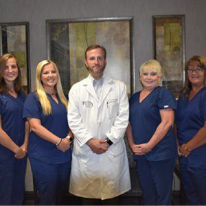 The staff and surgeon of Birmingham Minimally Invasive Surgery in Birmingham, AL
